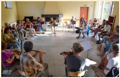 Affiche Stage 13èmes stages trad, ateliers, concerts, bals et flâneries à Saint Symphorien sur Coise