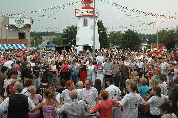 Fest-noz avec Groupe Sans Gain et Sonerien Du à Franconville (95, Val d'Oise, Ile-de-France)